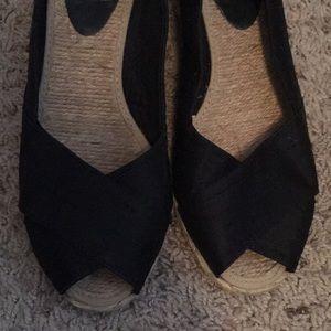 "Ralph Lauren size 9 wedge shoes 2"" black"